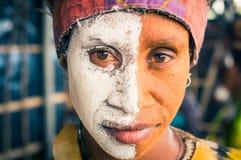 2 половины женщины в Папуаой-Нов Гвинее Стоковые Изображения RF
