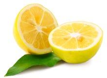 2 половины лимона изолированной на белизне Стоковые Изображения RF