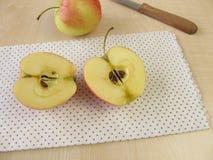 Половины Яблока Стоковое Изображение RF