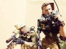 Положение боевой готовности снайпера полета игрушки Стоковое Изображение