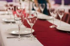 Положенная таблица в ресторане Стоковые Фото
