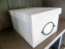 положите белизну в коробку Стоковая Фотография RF