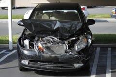 Поломанный фронт автомобиля Стоковые Фотографии RF