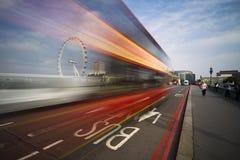 Полоса для движения автобусов Лондона Стоковые Изображения RF