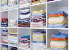 Полотенца, простыни и одежды Стоковое Изображение