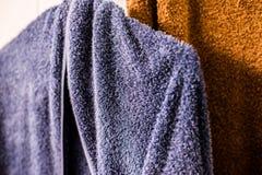 Полотенце голубое и коричневое Стоковые Фотографии RF