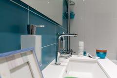полотенце интерьера шара ванной комнаты Стоковые Изображения