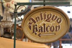 Подпишите внутри старый рынок Стоковые Фотографии RF