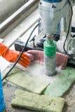 Пол работника сверля Стоковые Фото