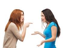 2 подростка имея бой Стоковые Фотографии RF