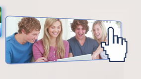 Подростки используя цифровой прибор акции видеоматериалы