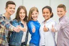 подростки стоковое фото