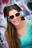 Подростковая девушка музыки стоковое изображение
