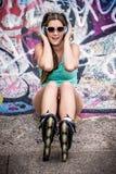 Подростковая девушка музыки стоковое изображение rf