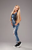 Подростковая стильная девушка Стоковое фото RF