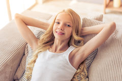 подростковое девушки домашнее Стоковое Фото