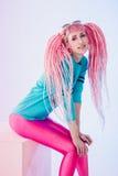 подростковое девушки самомоднейшее стоковая фотография