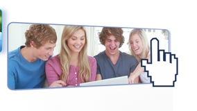 Подросток используя цифровые приборы сток-видео