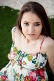 Подросток ослабленный outdoors стоковая фотография