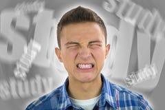 Подросток под строгим стрессом от изучать Стоковые Изображения