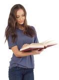 Подросток с книгой Стоковое Изображение RF