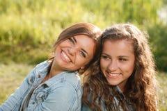 2 подруги Стоковая Фотография RF