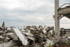 Подрывание больших промышленных зданий Стоковое фото RF
