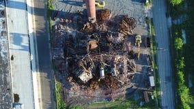 Подрывание фабрики здания вида с воздуха видеоматериал