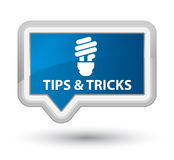 Подсказки и фокусы (значок шарика) воспламеняют голубую кнопку знамени бесплатная иллюстрация