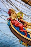 Подставное лицо льва морское на винтажном парусном судне Стоковая Фотография RF