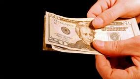 Подсчитывать счеты долларов наличных денег денег в руках Стоковая Фотография RF