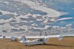 Полуглиссер SK-12 Орион на меньшем авиапорте Стоковые Изображения