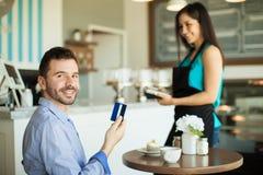 Получите вознаграждения используя вашу кредитную карточку Стоковая Фотография RF