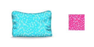 Подушка и безшовная картина на голубой предпосылке Стоковые Фото