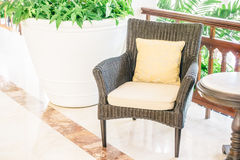 Подушка на софе и стуле Стоковая Фотография RF