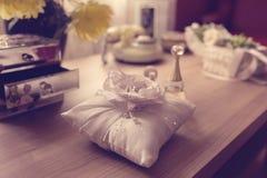 подушка партии воздушного шара предпосылки звенит венчание Стоковые Изображения