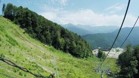 Подъемы в горы в лете видеоматериал