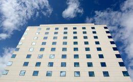подъем конструкции здания высокий вниз Стоковое Фото