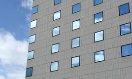 подъем конструкции здания высокий вниз Стоковая Фотография
