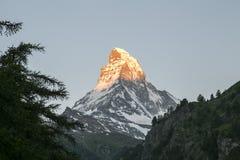 Подъем солнца Маттерхорна в Zermatt Стоковое Фото