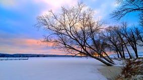 Подъем Солнця на Миссиссипи стоковые фото