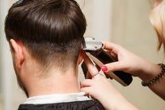 Польза фена для волос стоковые изображения rf