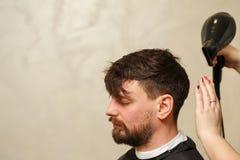 Польза фена для волос стоковая фотография rf