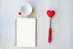Полюбите концепцию, пустой кофе вверх, форма сердца Стоковое Изображение RF
