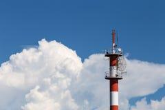Поляк с облаком и небом Стоковые Фото