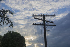 Поляк телеграфа с сорванными проводами Стоковые Фото