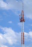 Поляк телефона в ясном небе Стоковая Фотография RF