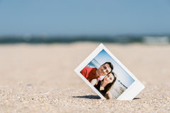 Поляроидное немедленное фото молодых пар Стоковая Фотография