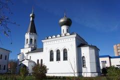 Правоверное здание церкви в захолустном городке Klin, области Москвы Стоковое Изображение RF