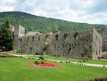 Правоверный монастырь Manasija в Despotovac, Сербии стоковая фотография
